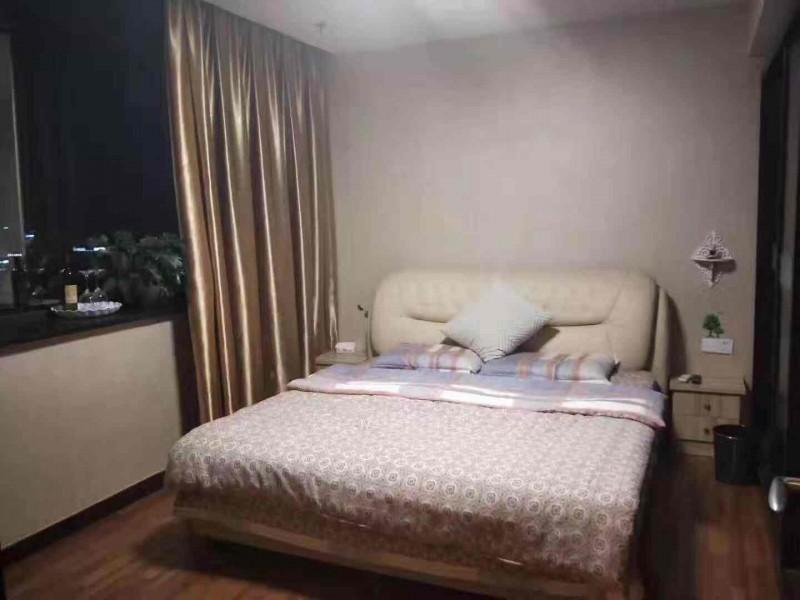 出售云鸿大厦精装单身公寓