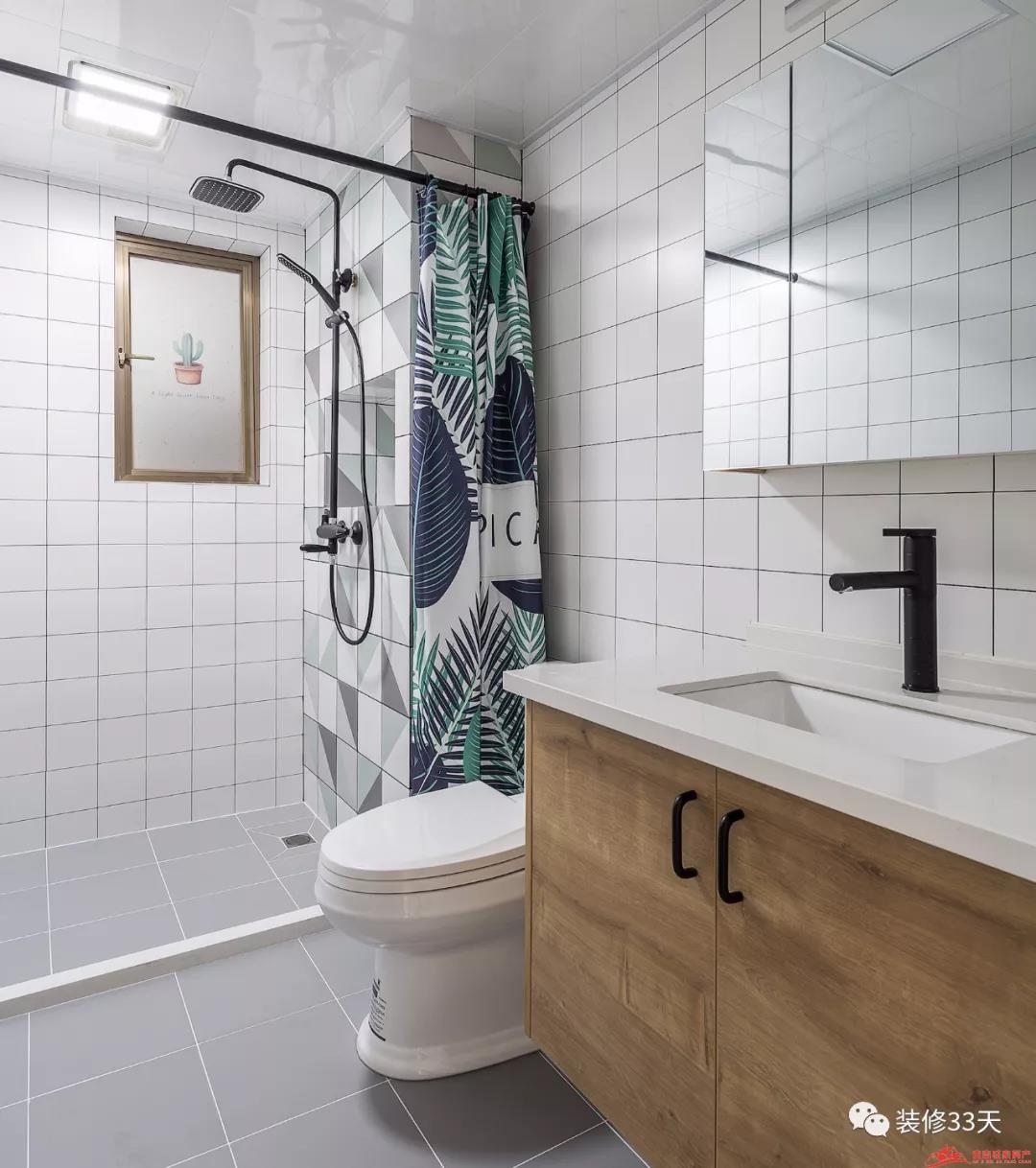 资讯 装修  玻璃淋浴和浴帘之争,就好比『甜粽子』和『咸粽子』之争